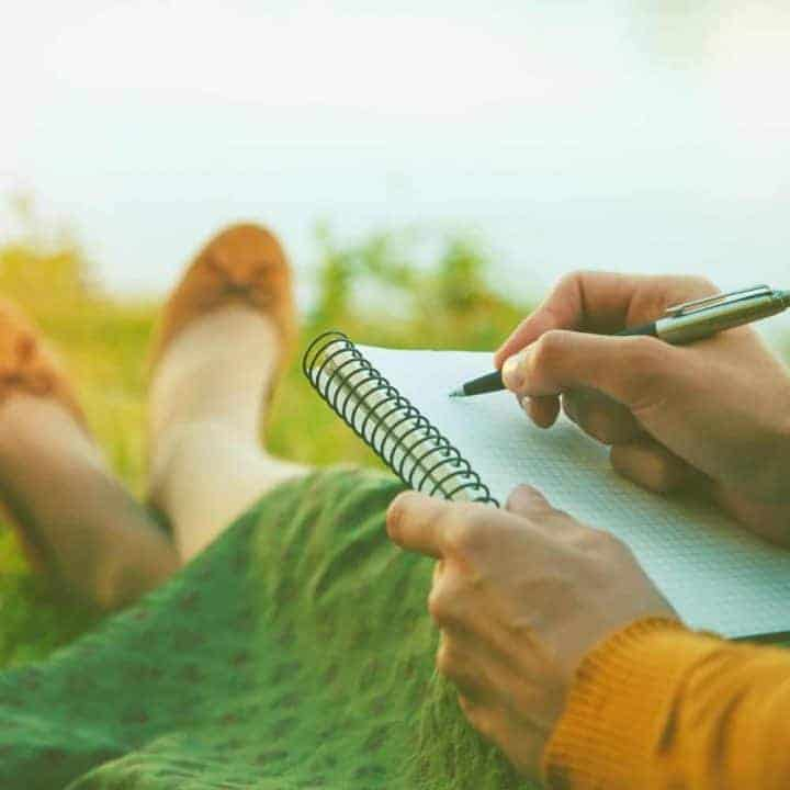 Start Your Journal with a Positive Headspace (A Year of Journaling: Week 1)