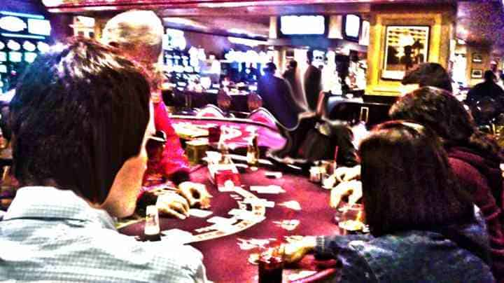 las-vegas-tourist-gambling