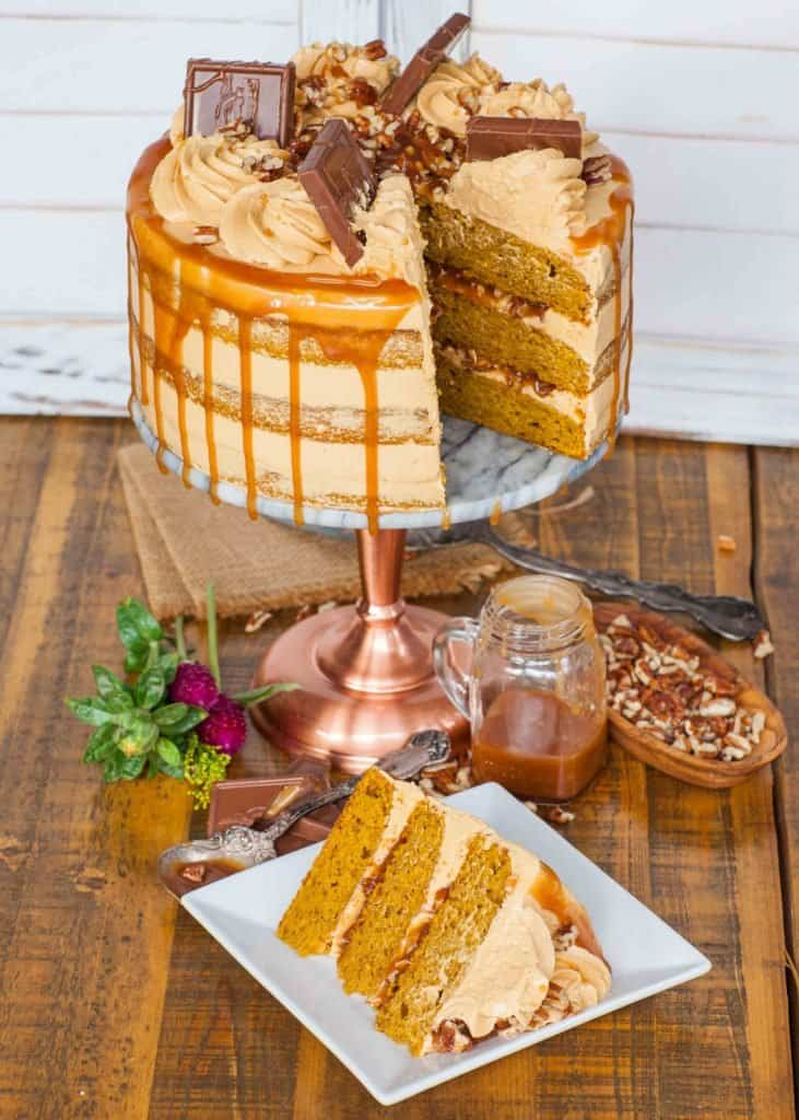 pumpkin cake recipe with caramel and pecans
