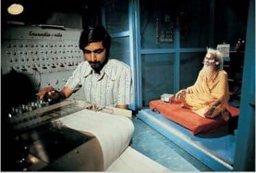 """Des expériences scientifiques sur des """"YOGI"""" révèlent qu'ils se préparent avant en accumulant de l'énergie mentale (Prâna) et serait à la source de leurs prodiges psychiques"""