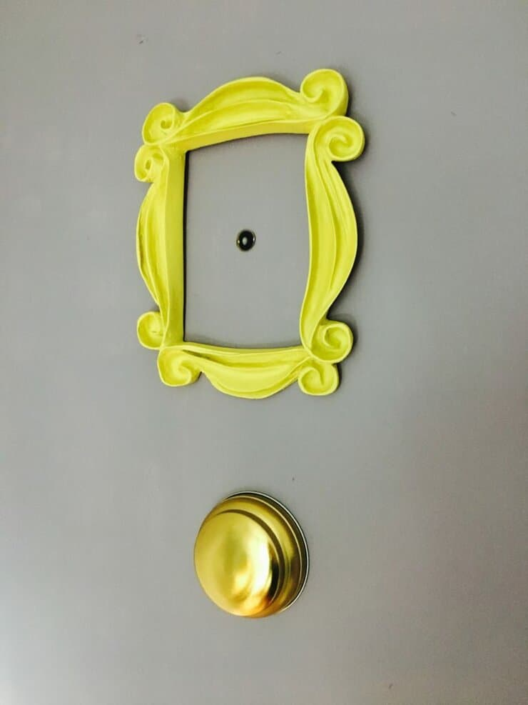 friends peep hole frame