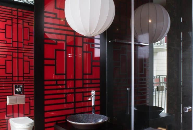 red and black decor in an Asian-themed bathroom