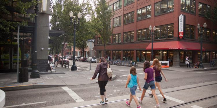 The pearl district with tweens