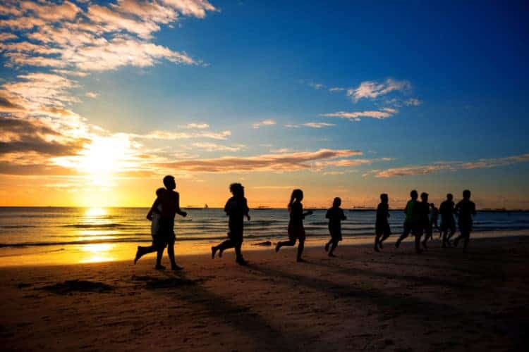 how many calories do you burn running on the beach