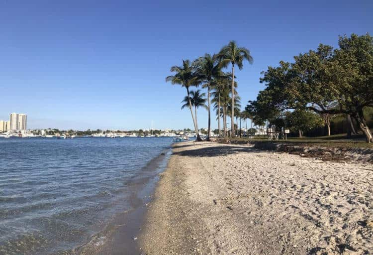 Peanut Island beach along the northern shore. (Photo: Bonnie Gross)