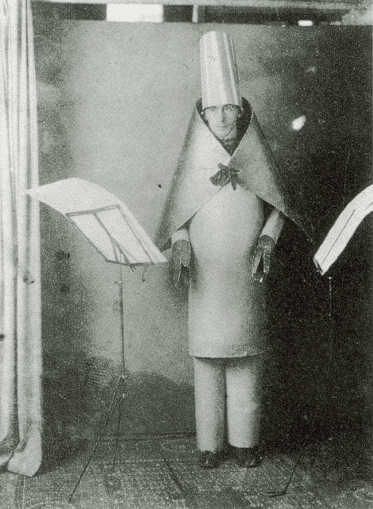 Hugo Ball, Cabaret Voltaire, 1916