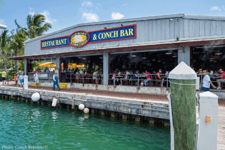 Outdoor dining is the thing to do in the florida keys
