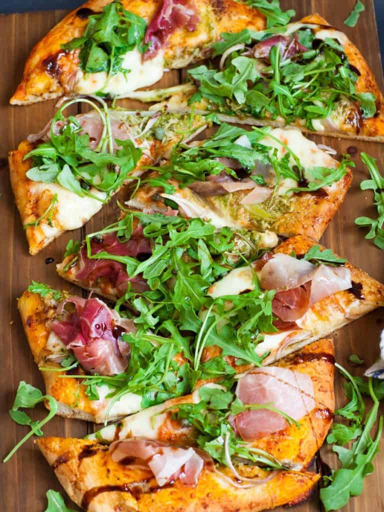 homemade arugula and prosciutto pizza recipe