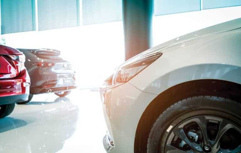 Топ-5 самых популярных цветов автомобилей
