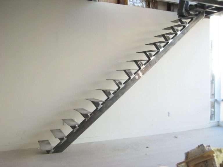 лестница на косоуре 14