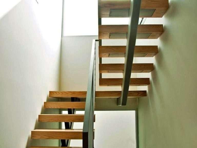 Лестница на центральном косоуре 2