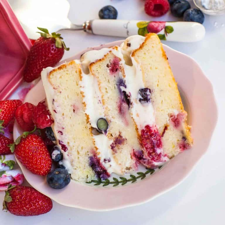 lemon berry mascaprone cake slice