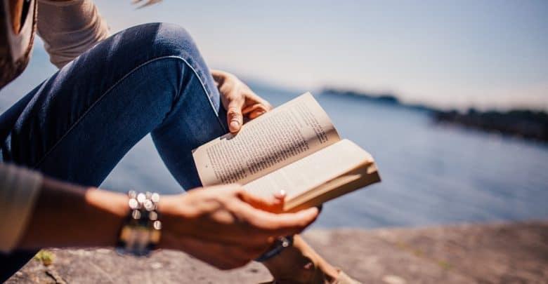 Photo of Новинки литературы в 2019 книги Новинки литературы в 2019 reading 925589 960 720 780x405