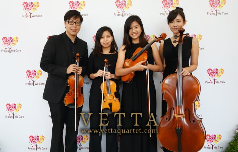 Live Performance at Parkroyal on Beach Road