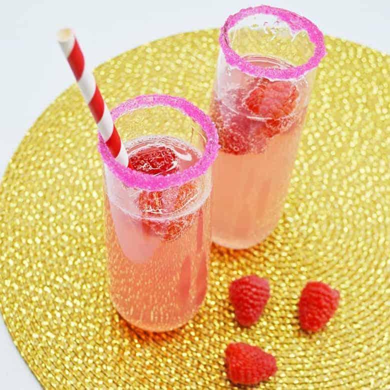 lemonade mimosa champagne cocktail