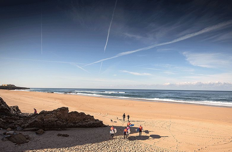 surf holidays lisbon