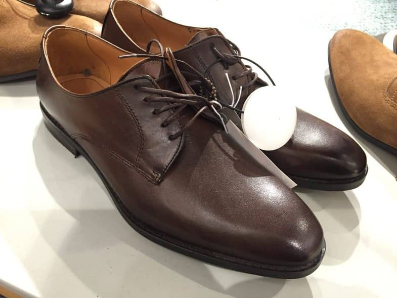 One of the models they sold was a derby in dark brown leather.