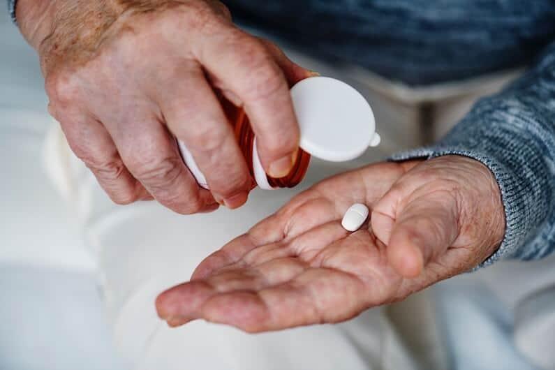 seniors dealing with opioid addiction