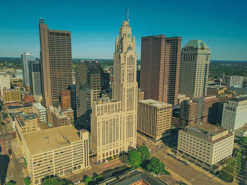 picture of ohio skyline where opioid overdoses are on rise