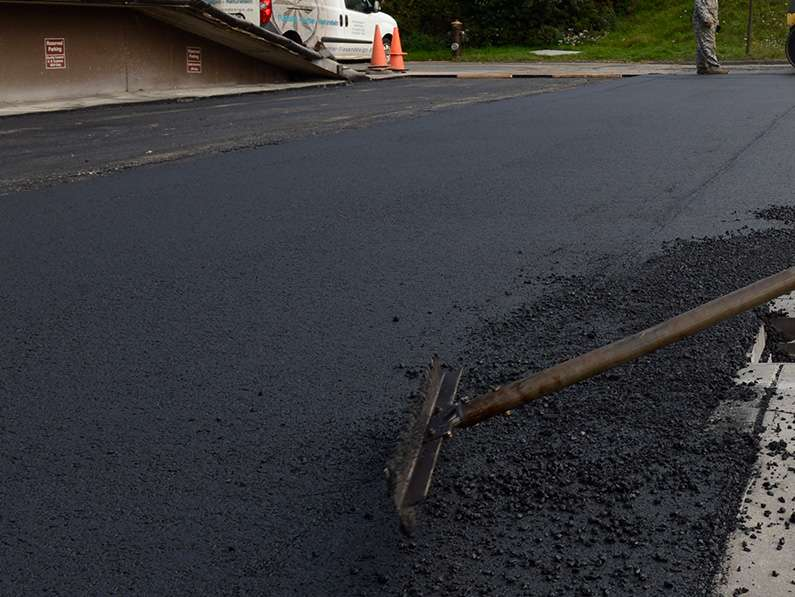How to Hire a Residential Asphalt Paving Contractor