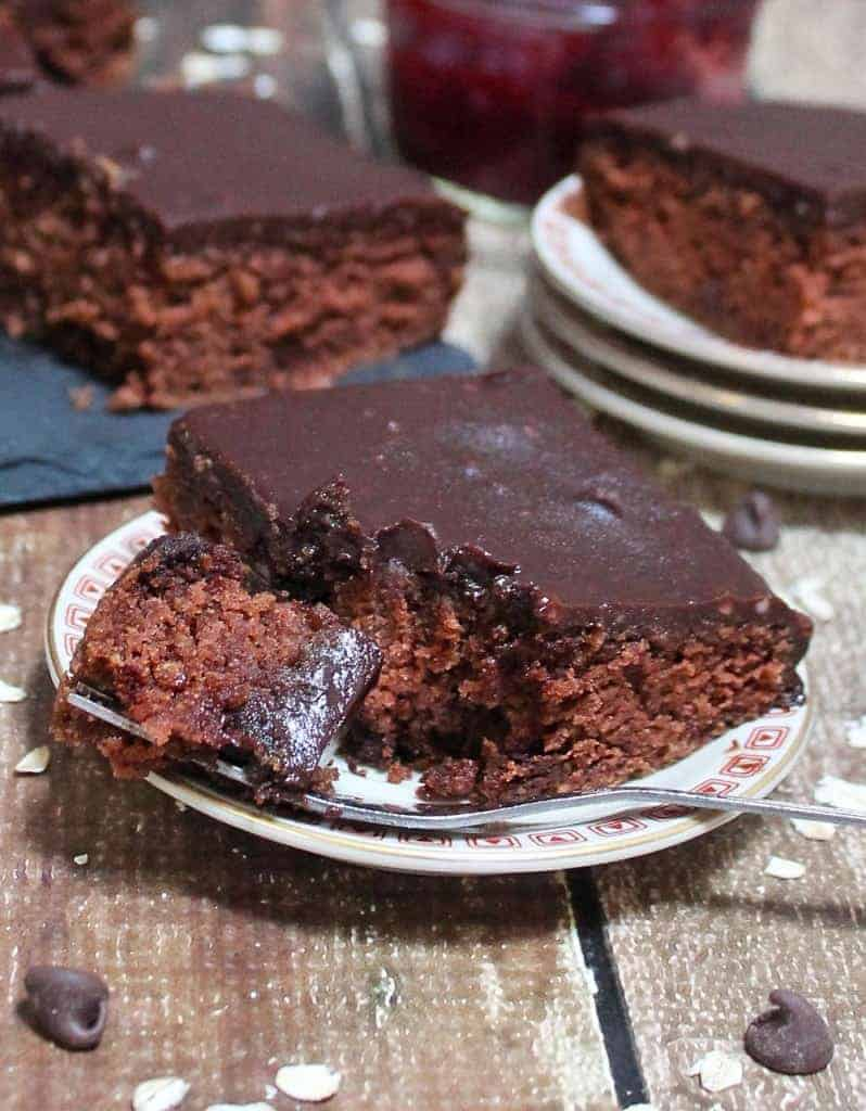 Beetified Chocolate Oatmeal Cake