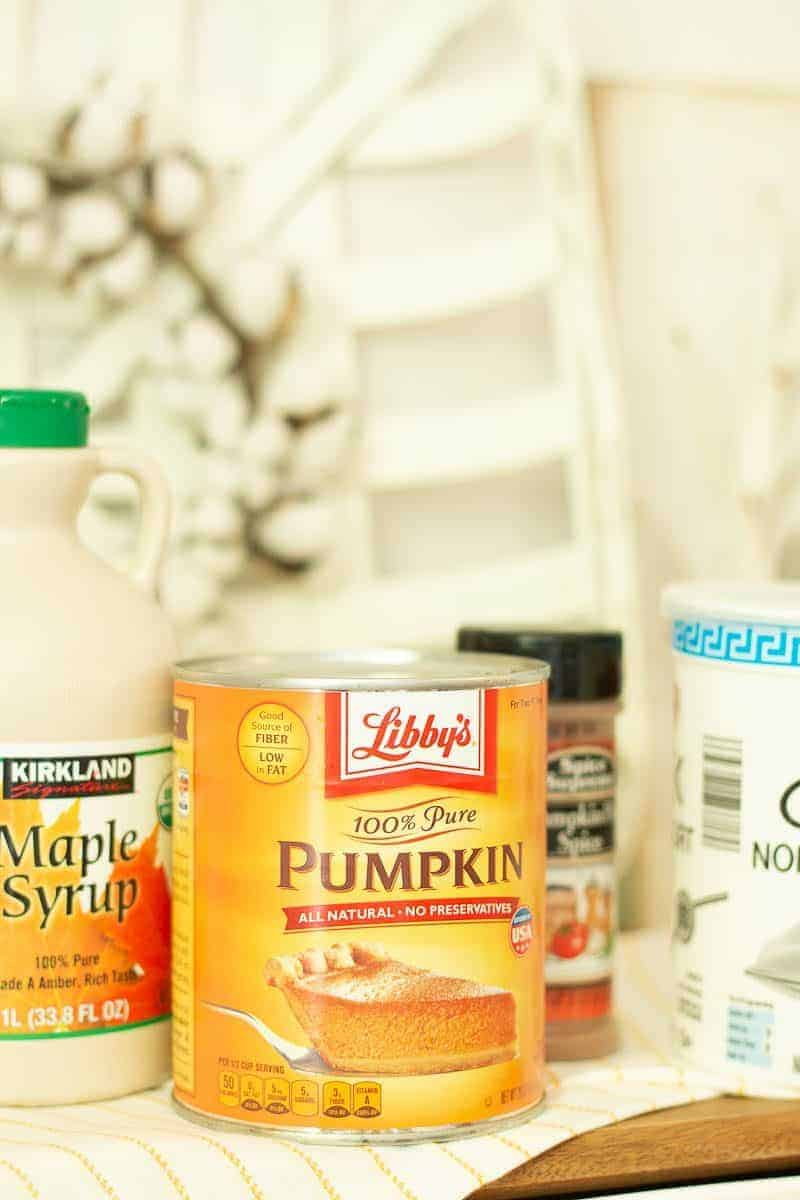Can of Libby's pumpkin puree used in healthy pumpkin pie smoothie recipe