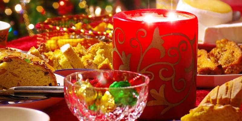 Christmas party food ideas, easy party food ideas for busy moms, appetizers, dessert bars, snack mixes.