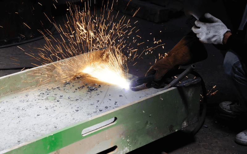 What is the Purpose of a Plasma Cutter? 2