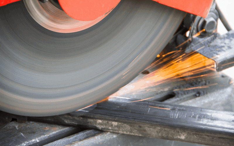 What Type of Gas Do You Use With a Plasma Cutter? 3