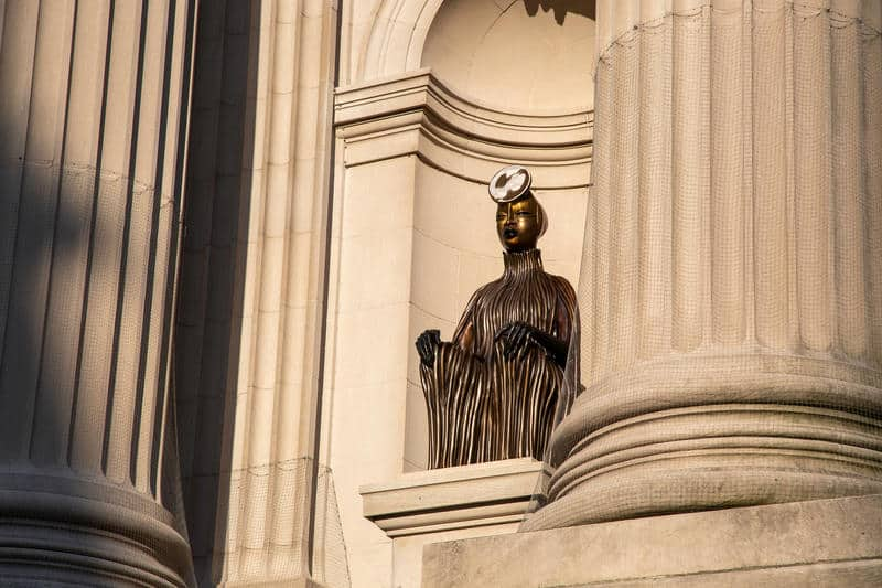 African American artists changing the narrative, Wangechi Mutu, The Seated II in situ on the Met facade.