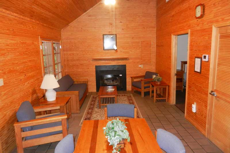Central Florida cabin rentals: Interior of cabin at Silver Springs State Park. (Photo: bonnie Gross)