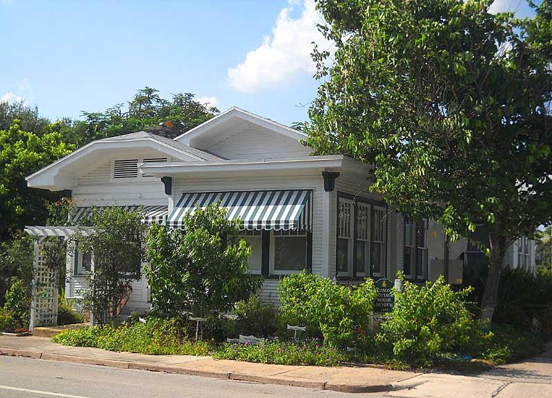 Delray Beach Historic Cason Cottage, home to the historical society. (Photo: Bonnie Gross)