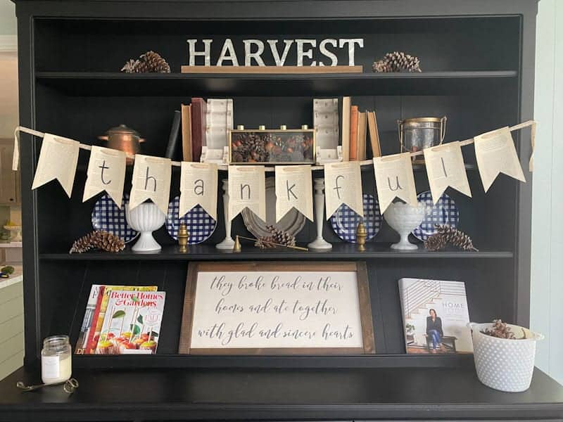 diy book page thankful banner