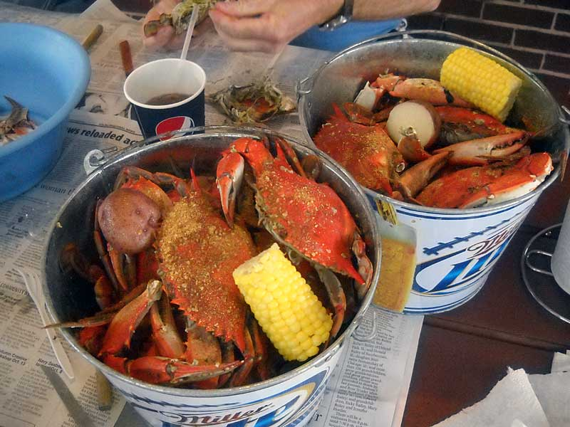 Things to do in Punta Gorda: Bucket of blue crabs at Peace River Seafood in Punta Gorda. (Photo: Bonnie Gross)