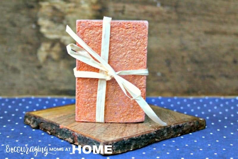 Homemade Natural Soaps Kids can Make