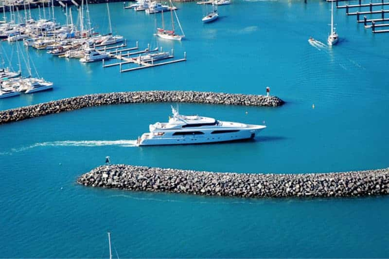 Superyacht entering Coral Sea Marina