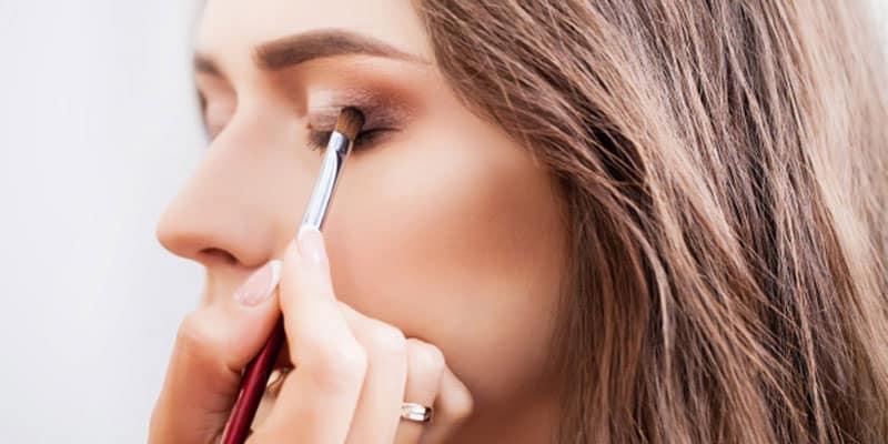 best eye brush in India