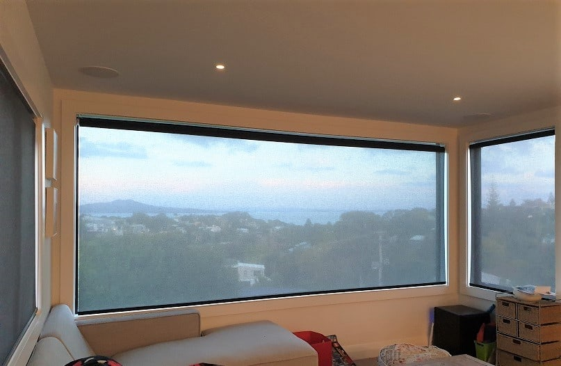 Sunscreen roller blinds in Castor Bay