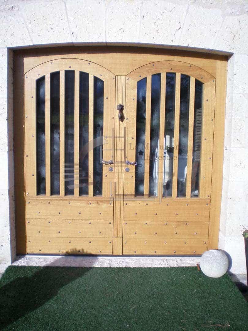 Porte en bois style médiéval