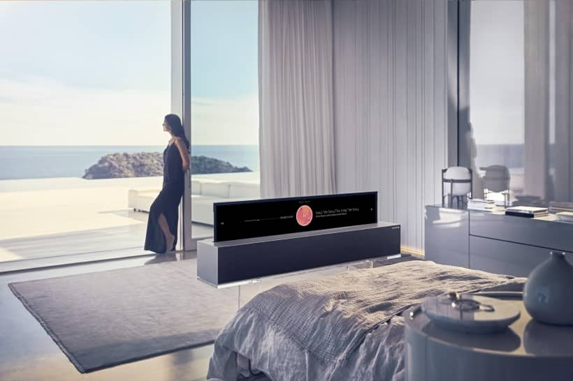 LG Signature OLED 65R9 enrollable CES 2019