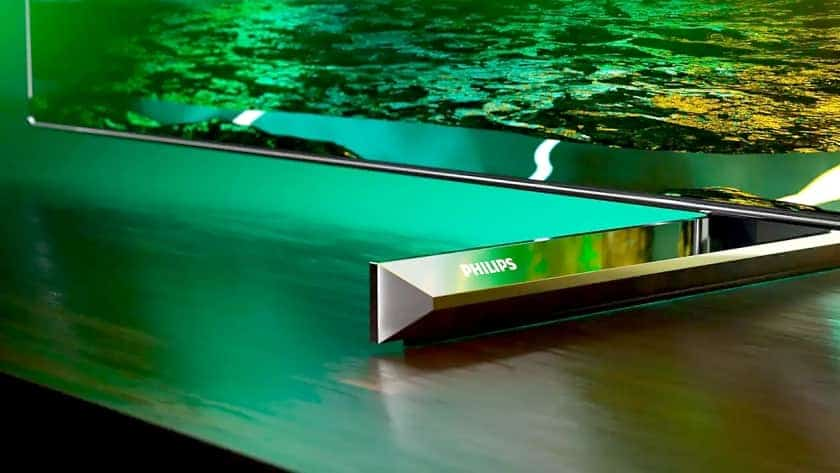 Diseño peana del nuevo TV Philips OLED706 de 2021