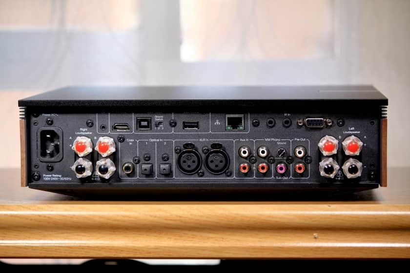 Conexiones traseras del Evo 150 de Cambridge Audio