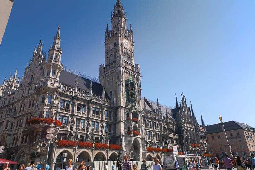 Backpacking Travel Around Europe By Train Itinerary For 2 Weeks - Munich