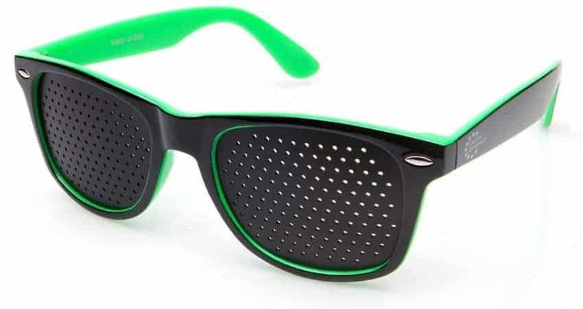 Dual Dream ® Occhiali con fori stenopeici Classic green | Dispositivo medico di ginnastica oculare Made in Italy