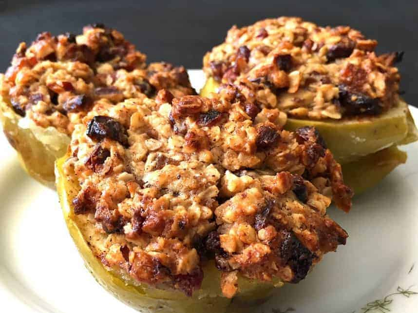 Baked Apple with Fruit and Rolled Oat Topping