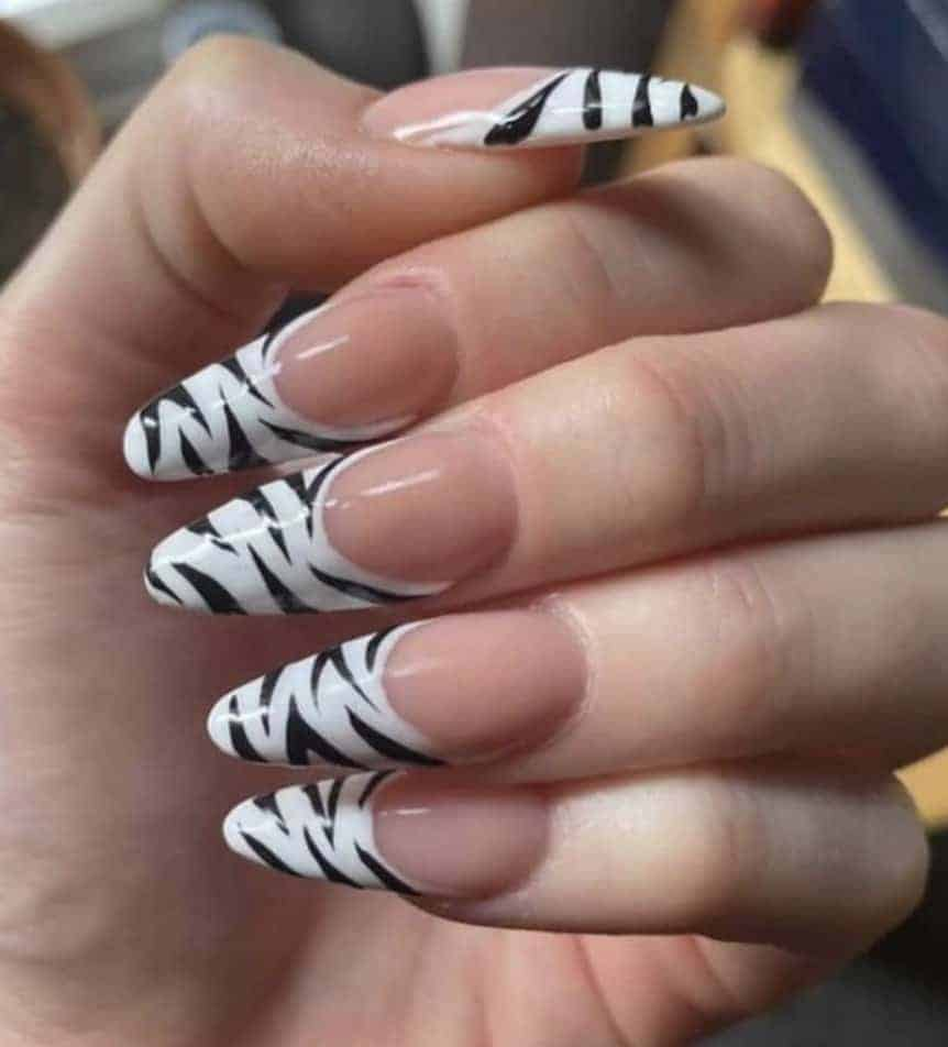 Summer Black and White Nail Design
