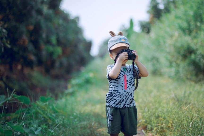 8 Best Ideas for Teaching Photography to Your Kids