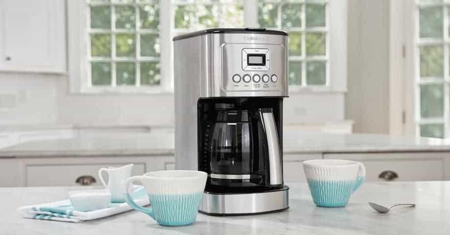 Cuisinart DCC-3200 coffee maker.