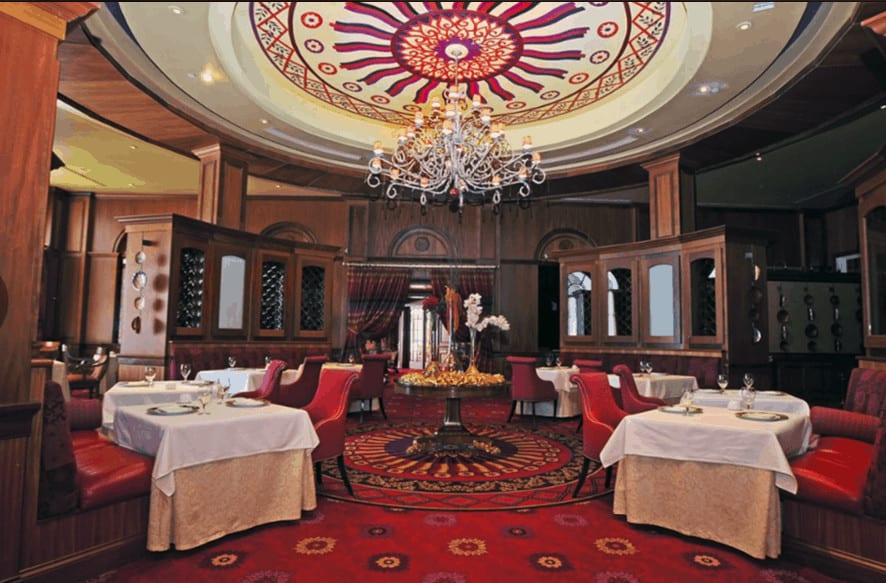 Lautrec restaurant at nemacolin is a beautiful room for a romantic dinner.