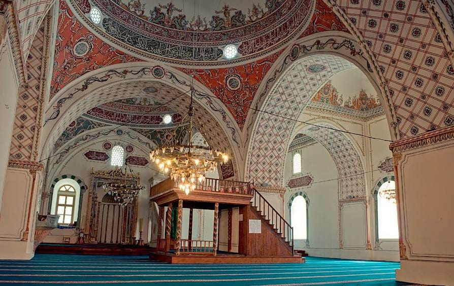 Interior de la Mezquita Dzhumaya